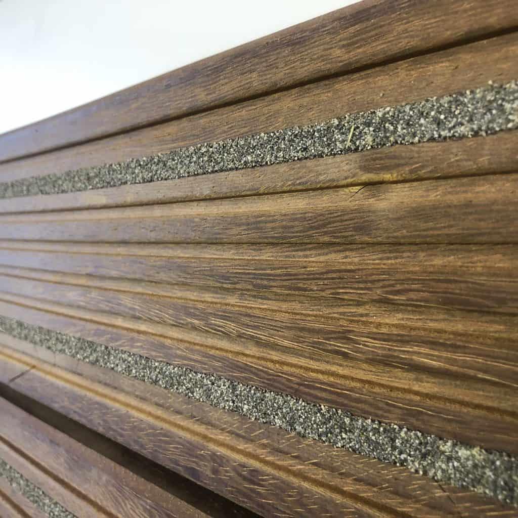 Hardwood non slip premium decking boards uk gripdeck for Non wood decking boards