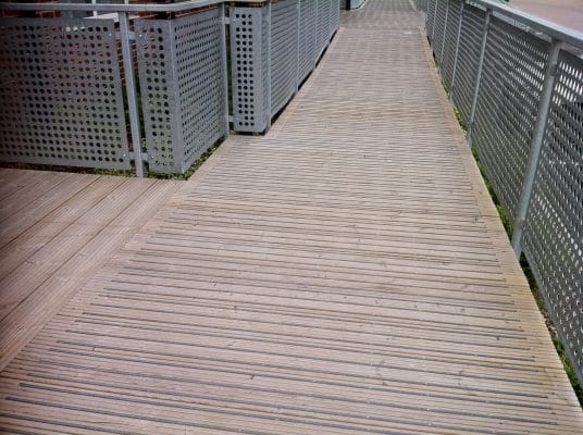 Make your Decking Non Slip for Winter GripDeck